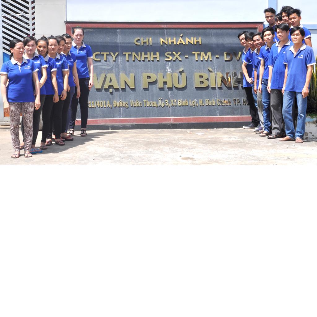 Đội ngũ nhân viên Vạn Phú Bình - Công ty in màng co giá rẻ tphcm
