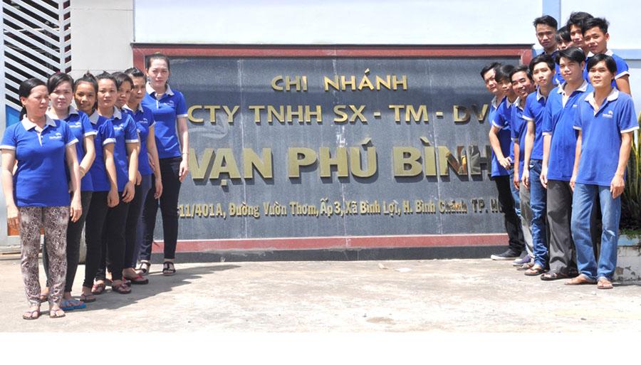 Đội ngũ nhân viên Vạn Phú Bình